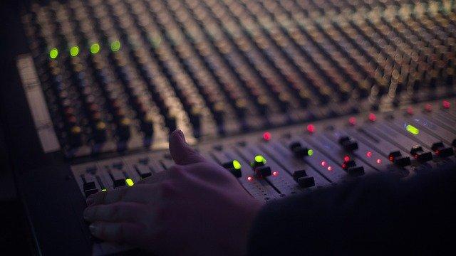 Agalure, destinataria de los fondos que recaude la cuarta edición de A Radio Conta